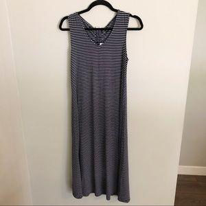 NWT GAP navy striped scrunch back tie dress sz S